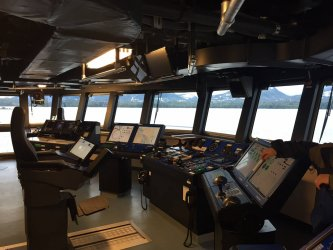 Bridge_of_the_RV_Sikuliaq